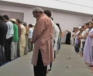 muslim-amerika-shalat